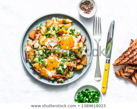 Huevo tortilla pan placa saludable desayuno Foto stock © bdspn