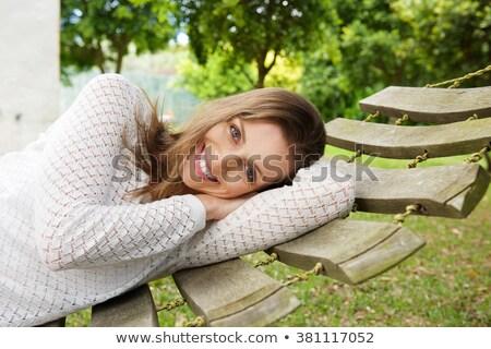 Femme lit souriant coup femme souriante Photo stock © wavebreak_media