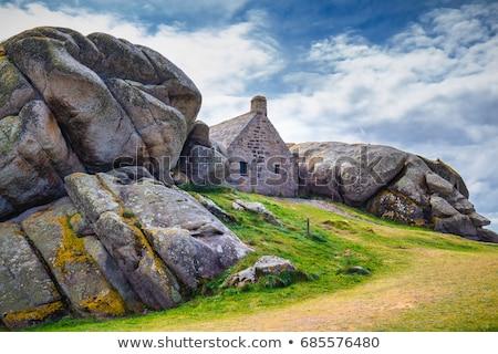 Ev kaya oluşumu geleneksel kayalar pembe granit Stok fotoğraf © prill