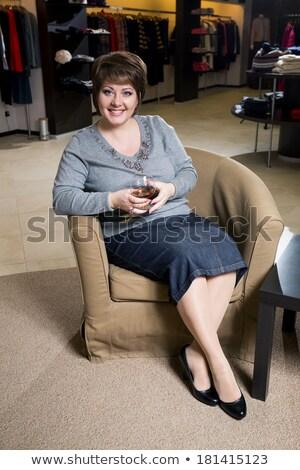 женщину · ярко · одежды · сидят · Председатель - Сток-фото © hasloo