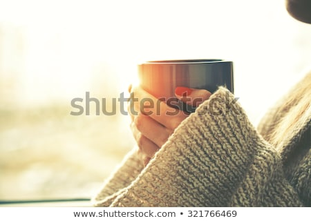 Mujer caliente taza café forma de corazón Foto stock © tekso