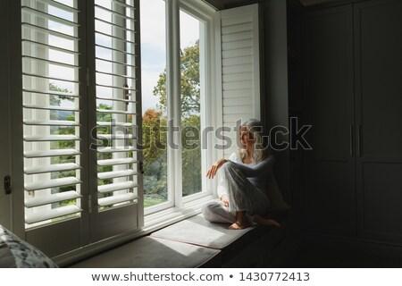 nő · néz · ablak · arc · szépség · fiatal - stock fotó © wavebreak_media