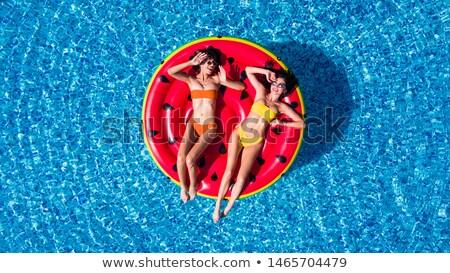 mulher · negra · inflável · colchão · ilustração · mulher · praia - foto stock © adrenalina