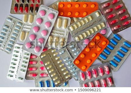 Köteg tabletták hólyag gyógyszeripar gyógyszer csoport Stock fotó © grafvision
