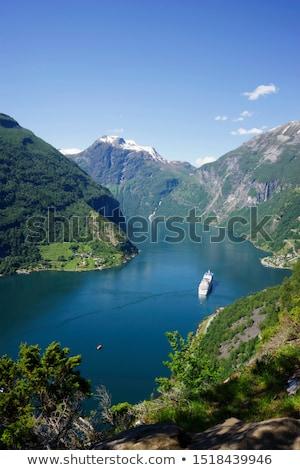 Rejs Norwegia statek wycieczkowy jeden turystycznych unesco Zdjęcia stock © cookelma