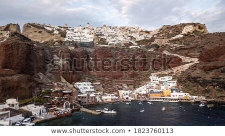 kikötő · Santorini · sziget · felfelé · domb · víz - stock fotó © elxeneize