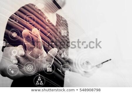 Grafica designer touch screen pulsante creativo processo Foto d'archivio © stevanovicigor