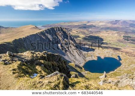 Berg natuur groene Blauw wolk Stockfoto © chrisga