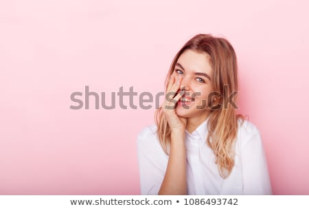 Retrato mujer hermosa pelo oscuro sonriendo cámara gris Foto stock © juniart