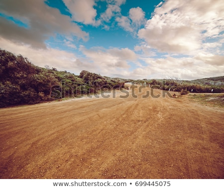 Modderig onverharde weg band auto vrachtwagen vuil Stockfoto © Juhku