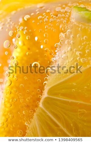 Primer plano casero frescos cóctel hielo rebanadas Foto stock © artjazz