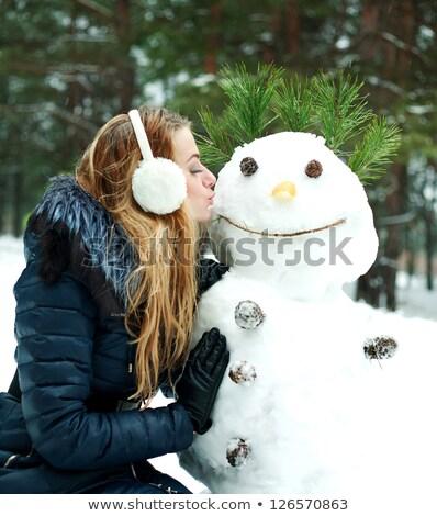 Retrato mulher jovem boneco de neve alegre sorridente Foto stock © Anna_Om