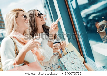 kadın · içecekler · şehir · satış - stok fotoğraf © dolgachov