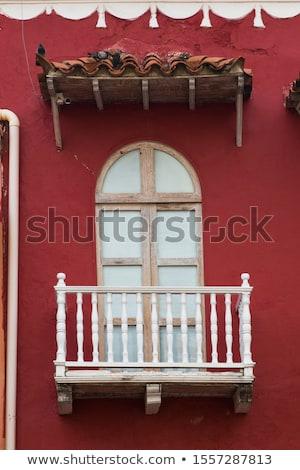 Typowy amerykański kolonialny okno Kolumbia widoku Zdjęcia stock © boggy