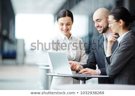 Jovem contemporâneo agente corretor consultor cliente Foto stock © pressmaster