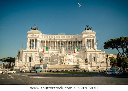 Győztes tér Róma Olaszország épület ló Stock fotó © vladacanon
