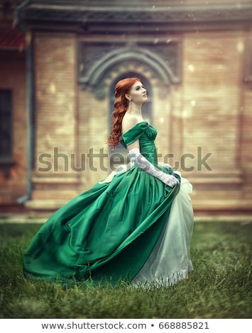 alla · moda · bella · donna · posa · rosso · moda · foto - foto d'archivio © elnur