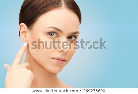 улыбающаяся · женщина · пальцы · ушки · фотография · женщину · лице - Сток-фото © williv