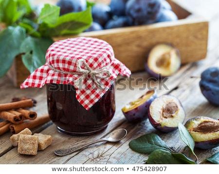 Jar eigengemaakt pruim jam donkere vruchten Stockfoto © furmanphoto