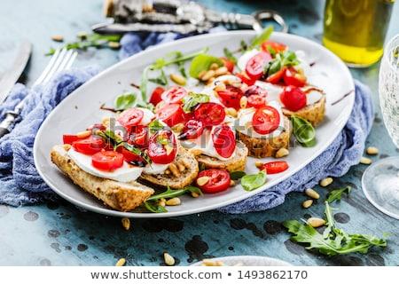Frescos tomate mozzarella presentación plato verano Foto stock © Fotografiche