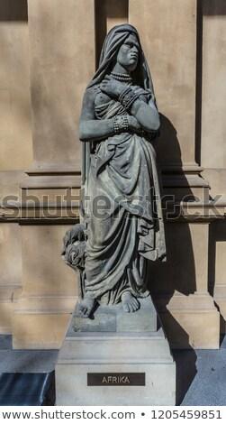 статуя Франкфурт фондовой бирже африканских песчаник континент Сток-фото © meinzahn