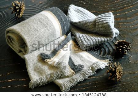 de · punto · gris · oscuro · bufanda · fondo · invierno - foto stock © marylooo
