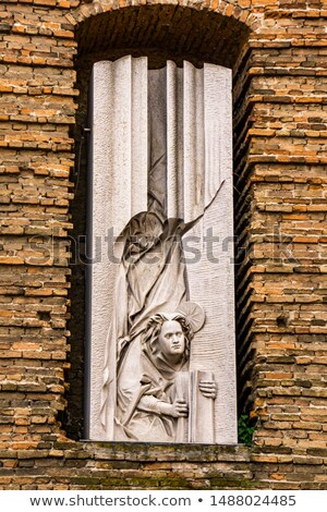 Escultura fachada abadia Itália ver igreja Foto stock © boggy
