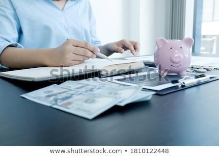 empresário · calculadora · análise · negócio · investimento · moedas - foto stock © freedomz