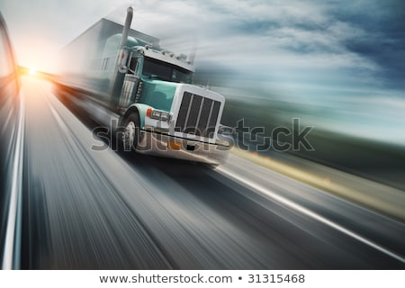 camion · vitesse · autoroute · lumineuses · rouge · route - photo stock © elenaphoto