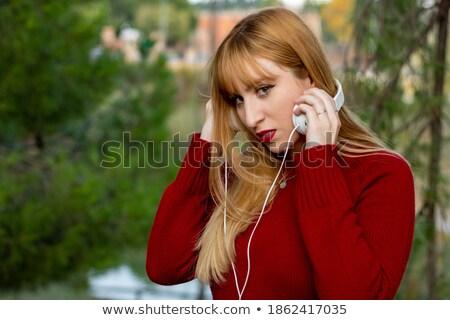 femme · faux · cils · rose · rouge · à · lèvres · belle · jeune · femme - photo stock © lubavnel
