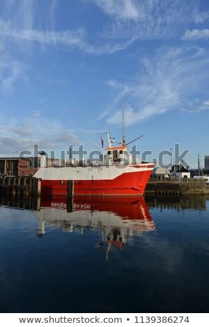 piros · kereskedő · hajó · kikötő · napos · idő · égbolt - stock fotó © ruslanshramko