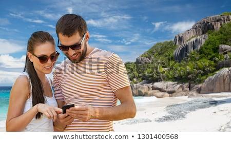 Mutlu çift Seyşeller ada seyahat Stok fotoğraf © dolgachov