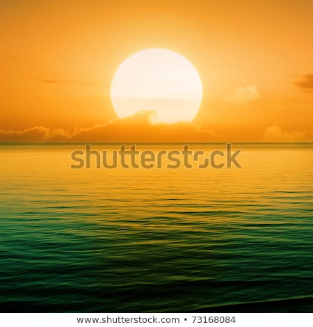 Golden Orange Sunset In A Clear Sky Over The Ocean Stockfoto © Serg64