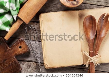 edad · receta · libro · mesa · de · madera · alimentos · madera - foto stock © stevanovicigor