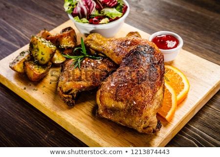 Pieczony kurczak nogi Sałatka posiłek odżywianie Zdjęcia stock © M-studio