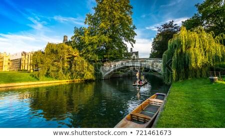 cambridge · Engeland · groep · houten · samen · rivier - stockfoto © jeayesy