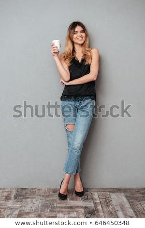 vonzó · nő · áll · iszik · tea · vonzó · fiatal · nő - stock fotó © nyul