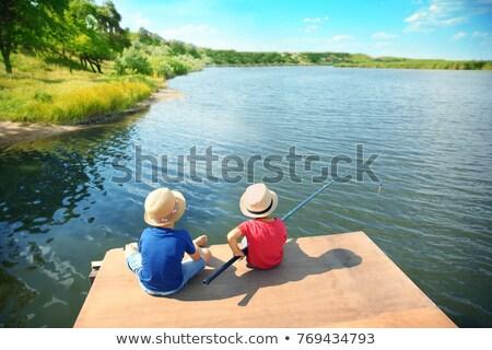 Ninos pesca puente peatonal puente río felicidad Foto stock © IS2