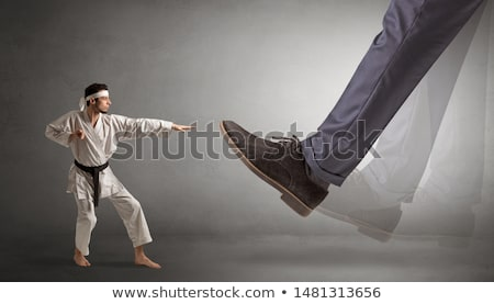 Groot voet klein karate man jonge Stockfoto © ra2studio
