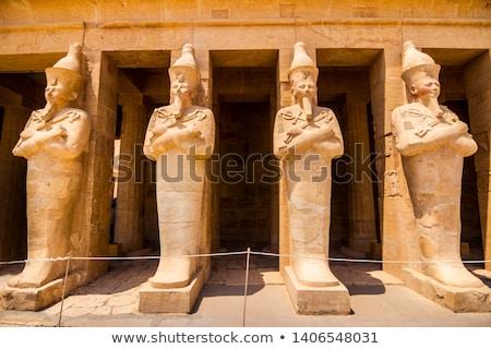 Tempel Spalten Königin Ansicht rock Ägypten Stock foto © Givaga