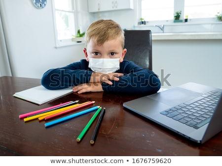 Nudzić dziecko portret cute posiedzenia tabeli Zdjęcia stock © ocskaymark