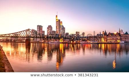 öreg · történelmi · híd · Frankfurt · délelőtt · fő- - stock fotó © meinzahn
