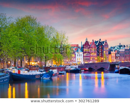Amsterdam anochecer iglesia Países Bajos agua Foto stock © vichie81