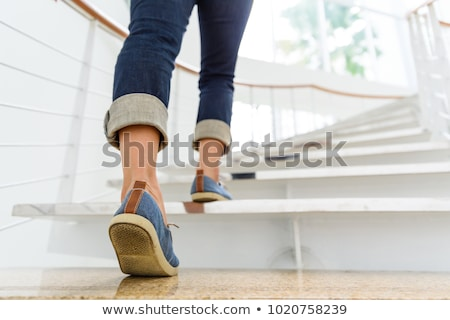 lopen · omhoog · trap · jong · meisje · beton · business - stockfoto © smuki