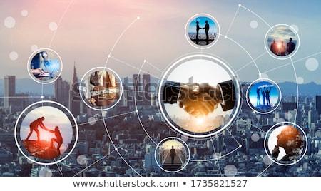 Welt · Rekrutierung · Geschäftsmann · Hand · anfassen - stock foto © lightsource