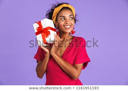 Stockfoto: Tevreden · afrikaanse · vrouw · jurk · geschenkdoos