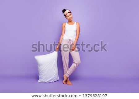 Bela mulher sessão cadeira telefone parede modelo Foto stock © acidgrey