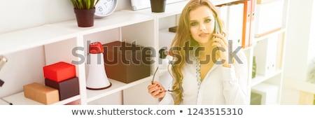 charmant · zakenvrouw · vergadering · kantoor · bril - stockfoto © traimak