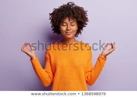 африканских девушки позируют изолированный фиолетовый Сток-фото © deandrobot
