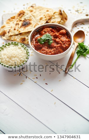 Foto d'archivio: Fresh And Tasty Butter Chicken Served In Ceramic Bowl Indian Traditional Dish